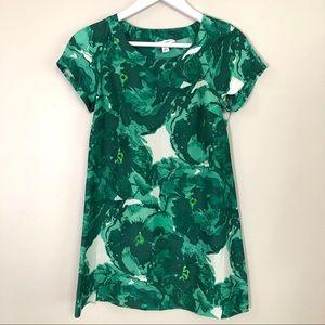 Banana republic 100% silk tropical green dress